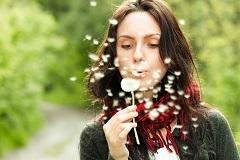 Причины возникновения аллергии у взрослых и лечение