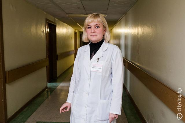 С чем обращаются к эндокринологу: как часто ходить, чем помогает