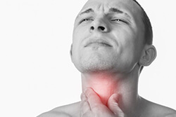 Боль в горле при глотании: о чем говорит симптом, рекомендации