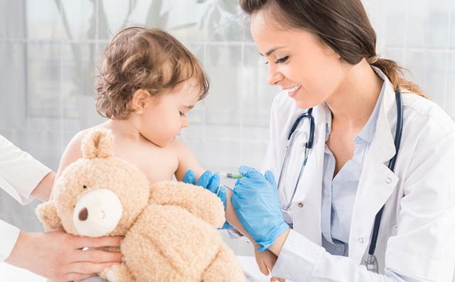 Целесообразность обязательной вакцинации: «за» и «против»
