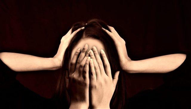 Психоз. Причины, виды, проявления, лечение патологии